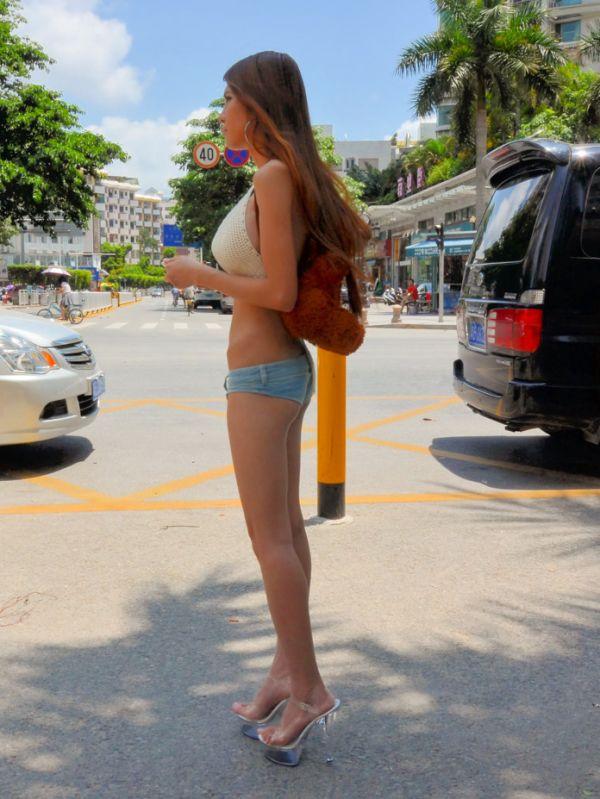 Шикарные девушки в сексе на улице фото 756-24