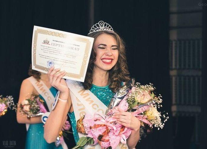 Кристину Манькову «Мисс Нижний Тагил» дисквалифицировали с конкурса красоты за проституцию (5 фото)