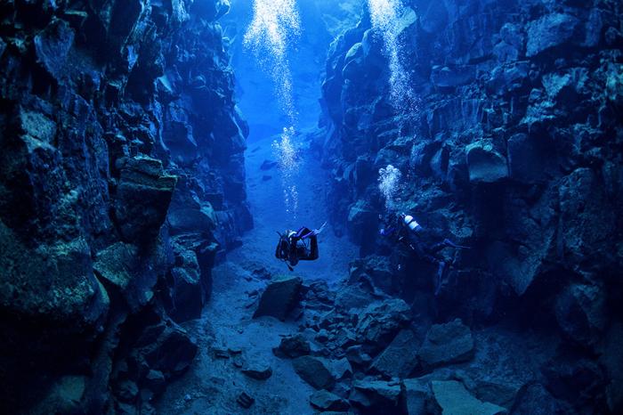 Исландия – место, где расходятся тектонические плиты (11 фото)