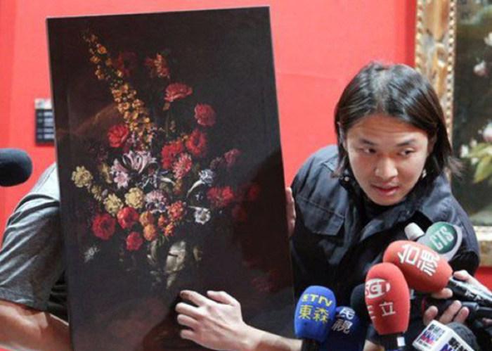 На Тайване 12-летний мальчик случайно порвал картину стоимостью 1,5 миллиона долларов (2 фото + видео)