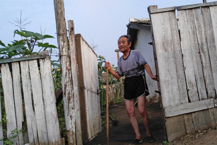 Новые снимки о жизни простых граждан Северной Кореи (14 фото)
