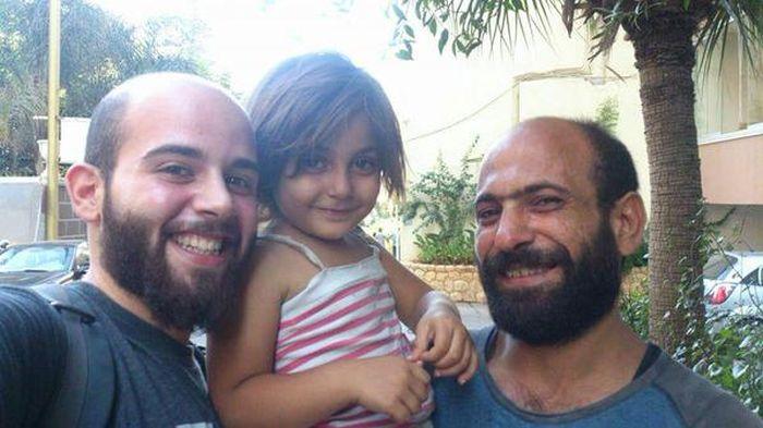 За одни сутки пользователи сети пожертвовали более 50 000 долларов семье сирийского беженца (6 фото)