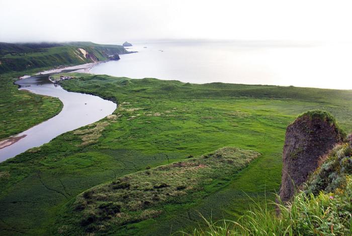 Неизвестная красота забытых Курильских островов (24 фото)