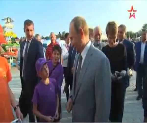Путин объяснил мальчику, что происходит с рублем