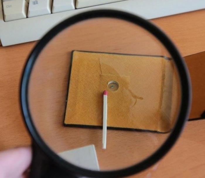 Самая большая коллекция самых маленьких книг (10 фото)