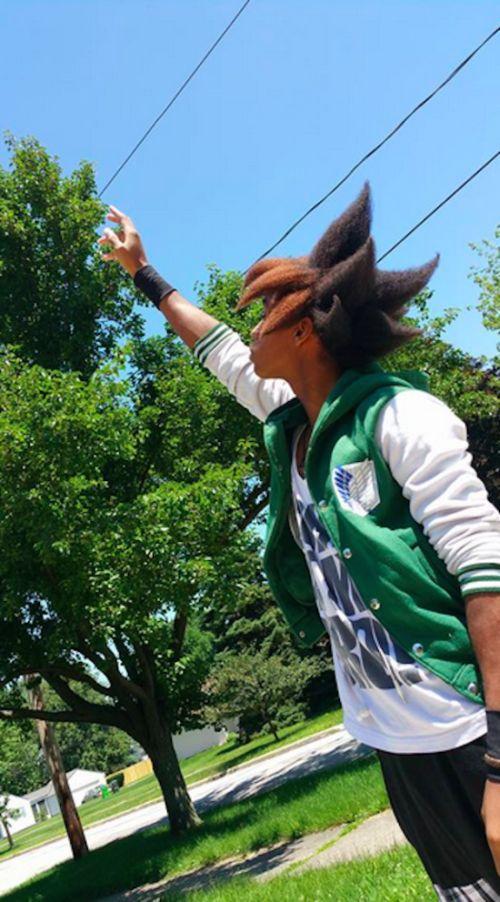 Американский студент, вдохновленный персонажем манги, создал уникальную прическу (7 фото)