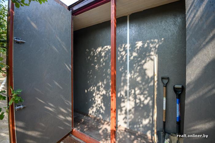 Дом-контейнер, как альтернатива обычной даче (32 фото)