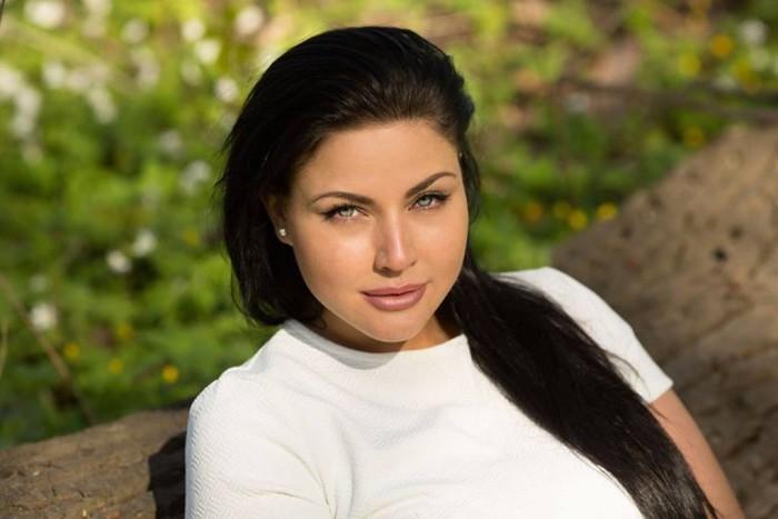 Модель Юлию Лаврову назвали нашим ответом Ким Кардашьян (28 фото)