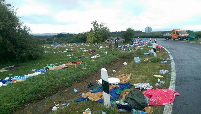 Что оставляют после себя беженцы в Европе (22 фото)