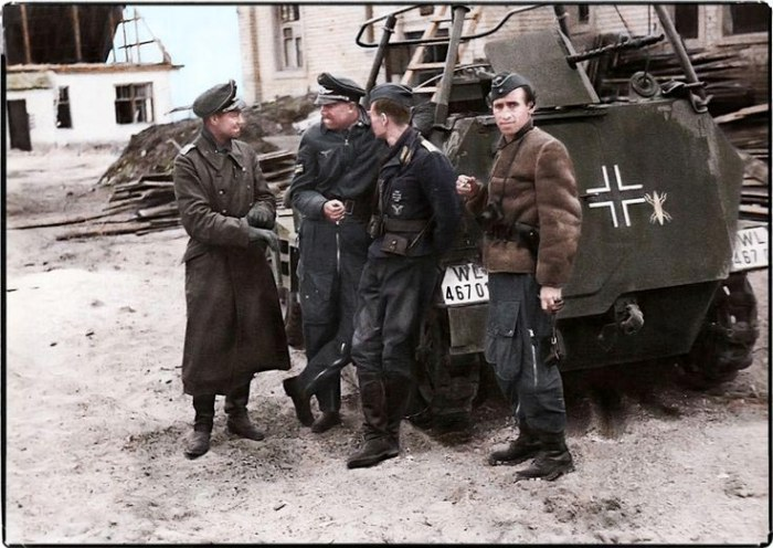Казни и самоубийства в Третьем рейхе (17 фото)