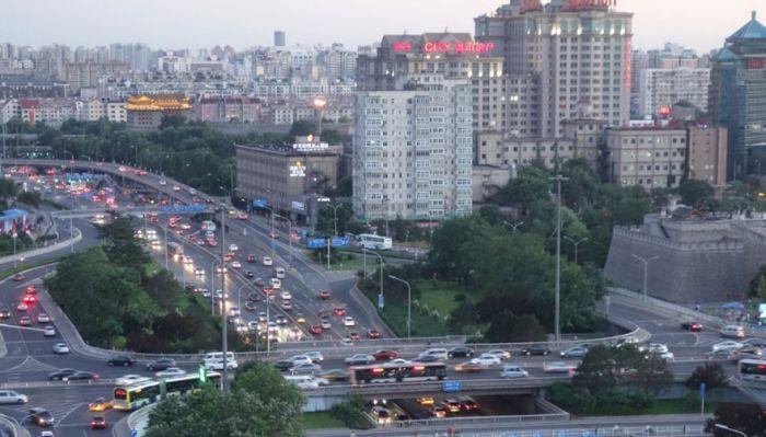 Чистое небо в Пекине ушло вместе с парадом (7 фото)