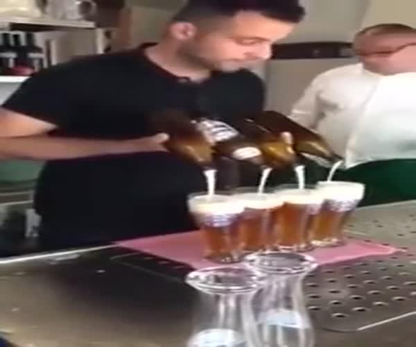 Ловкий бармен