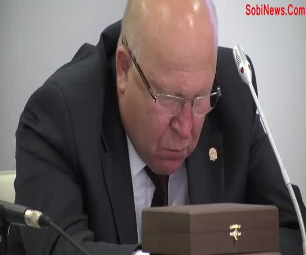 Губернатор Валерий Шанцев уснул на заседании комитета Госдумы