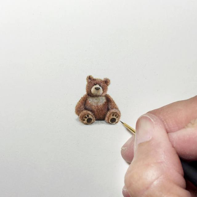 Удивительно точные миниатюрные рисунки Карен Лайбкэп (Karen Libecap) (32 картинки)