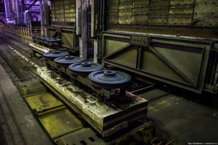 Как делают колеса для вагонов (41 фото)