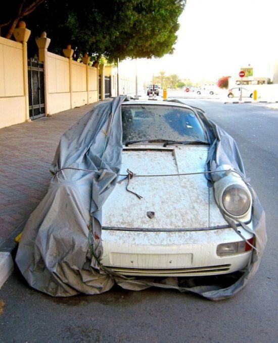 Немного о брошенных суперкарах Дубая (5 фото)