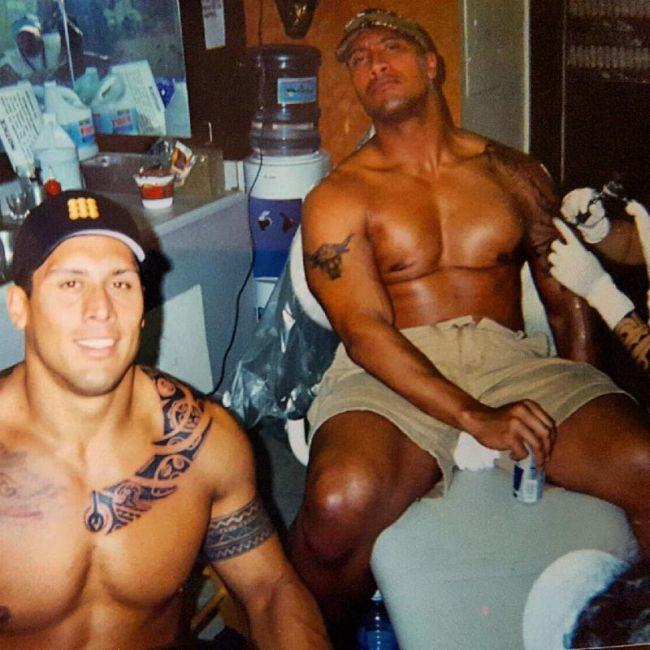 """Таноаи Рид - двоюродный брат и дублер Дуэйна """"Скалы"""" Джонсона (11 фото)"""