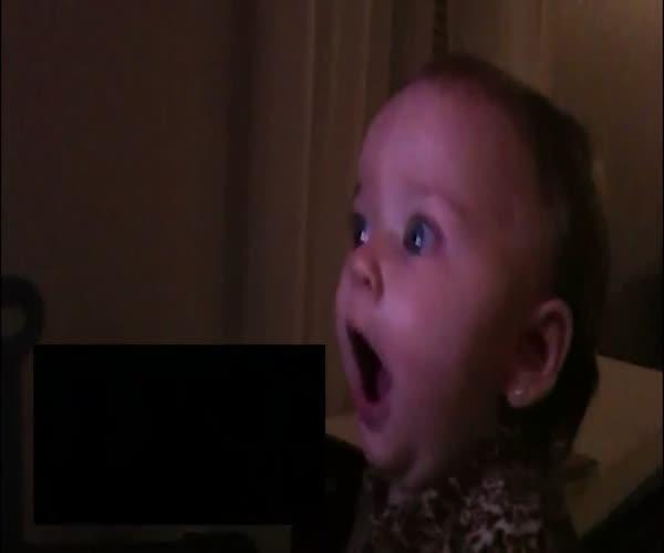 Реакция ребенка на трейлер «Звездных войн»