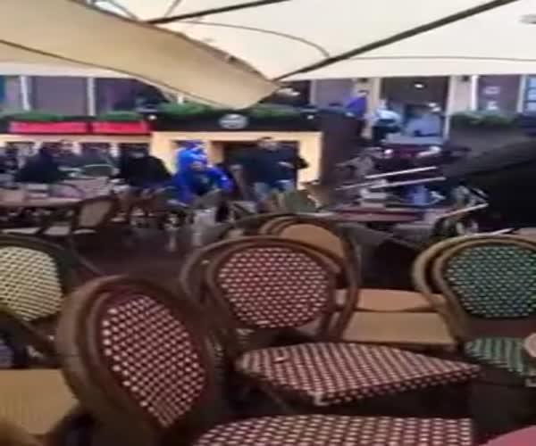 Беспредел фанатов в Марселе