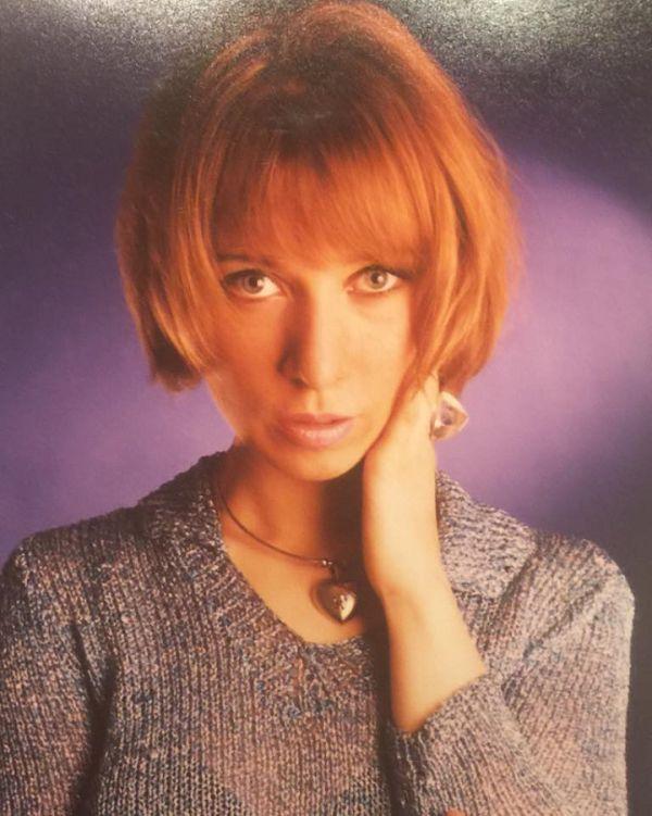 Представитель российского МИДа Мария Захарова присоединилась к флешмобу, опубликовав свои фото из 90-х (6 фото)