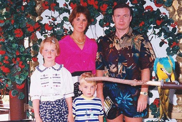 Крупные российские бизнесмены в 90-х (16 фото)