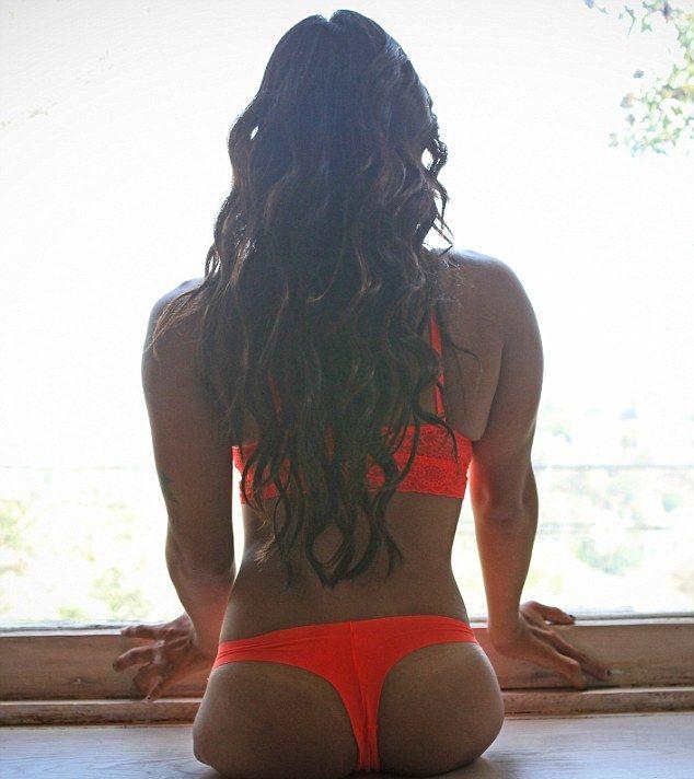 Канья Сессер – девушка без ног, ставшая спортсменкой и моделью (11 фото)