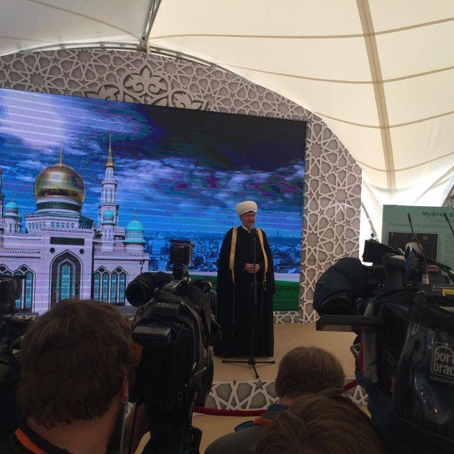 В Москве состоялось торжественное открытие Московской соборной мечети (11 фото)