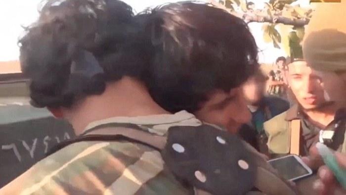 В сеть попали кадры прощания с несовершеннолетним террористом-смертником (4 фото + 2 видео)