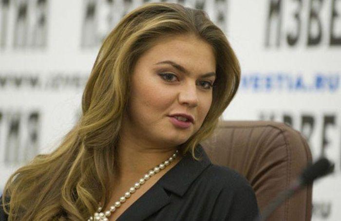 Алина Кабаева похудела и вернулась в прежнюю форму (3 фото)