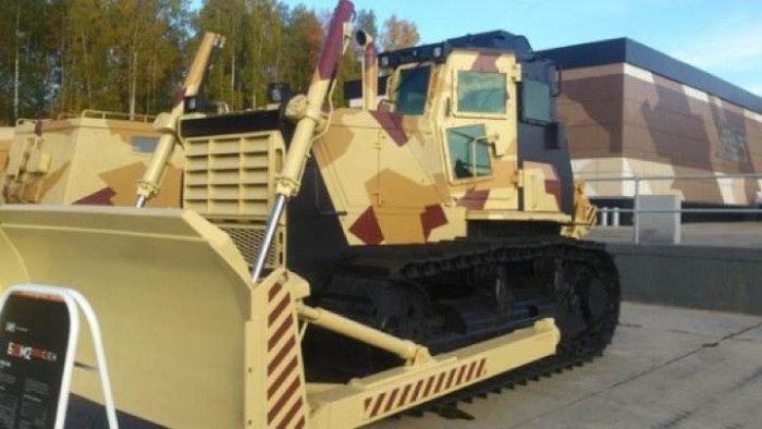 Бронированный бульдозер Б10М2.5000СЗ-Е1Н от Челябинского тракторного завода (4 фото)