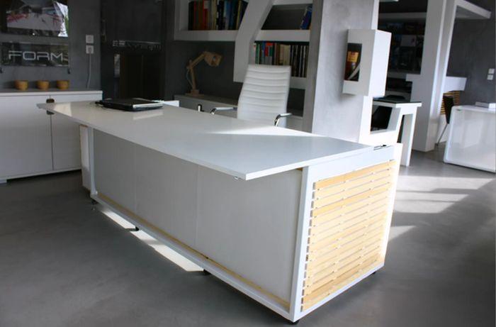 Стол-кровать, для тех кто любит вздремнуть в обед (2 фото)