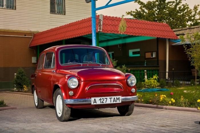 Отреставрированные отечественные авто (9 фото)