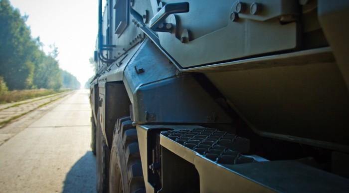 Тест-драйв универсального бронированного автомобиля КАМАЗ-63968 «Тайфун-К» (26 фото)