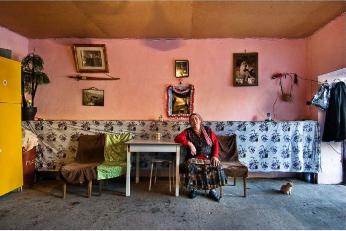 Обычные дома богатых цыган и их обыватели (14 фото)