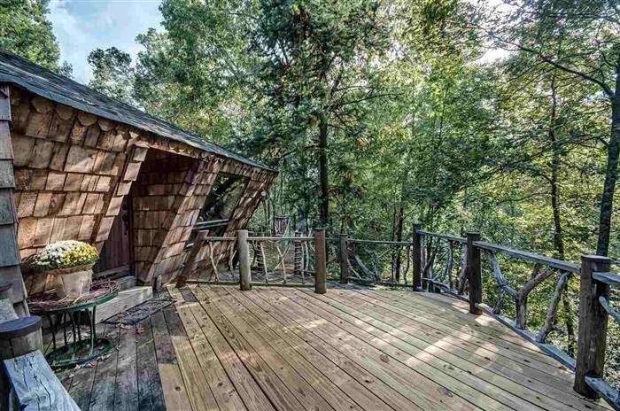 Уютный лесной домик за 135 000 долларов (17 фото)