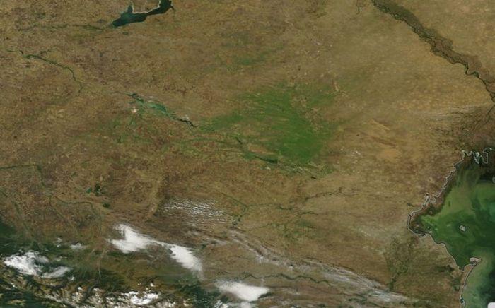 Чудесное преображение пустынь Ставропольского края (2 фото)