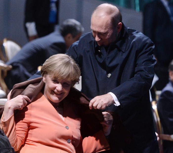 Владимиру Путину исполняется 63 года (25 фото)