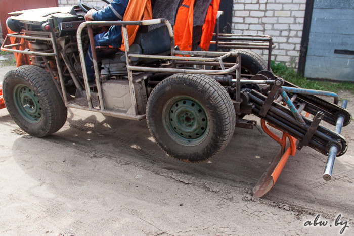 Конструктор-самоучка из Полоцка создал самодельный трактор (18 фото + 3 видео)