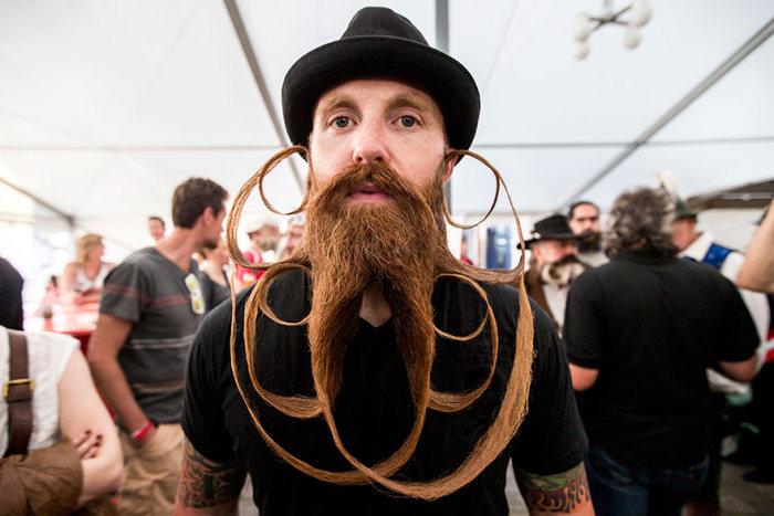В Австрии прошел чемпионат мира по бородам и усам (15 фото)