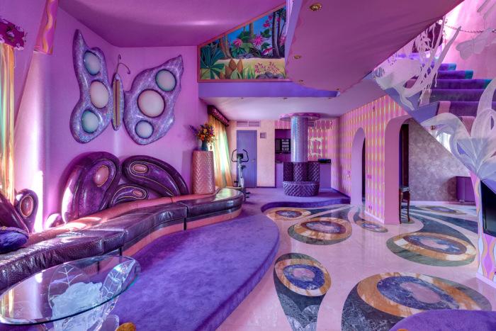 Дом-дворец в московской квартире (12 фото)