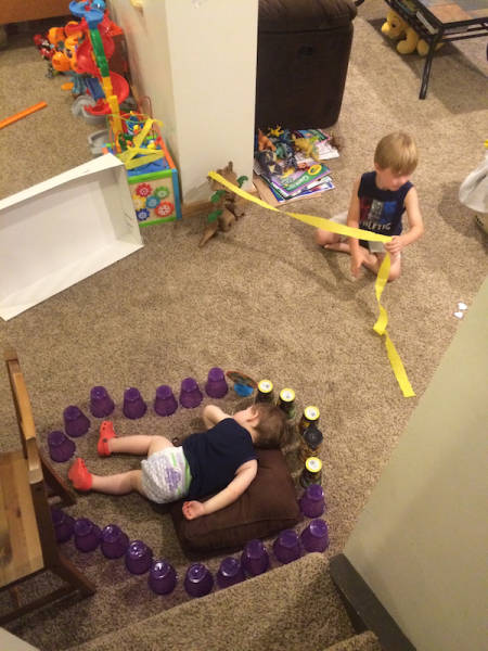 Дети развлекаются, как могут (66 фото)