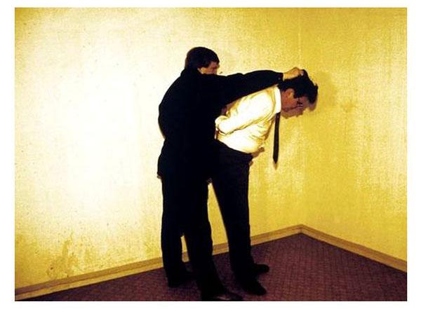Психологические пытки и методы работы сотрудников Штази (23 фото)