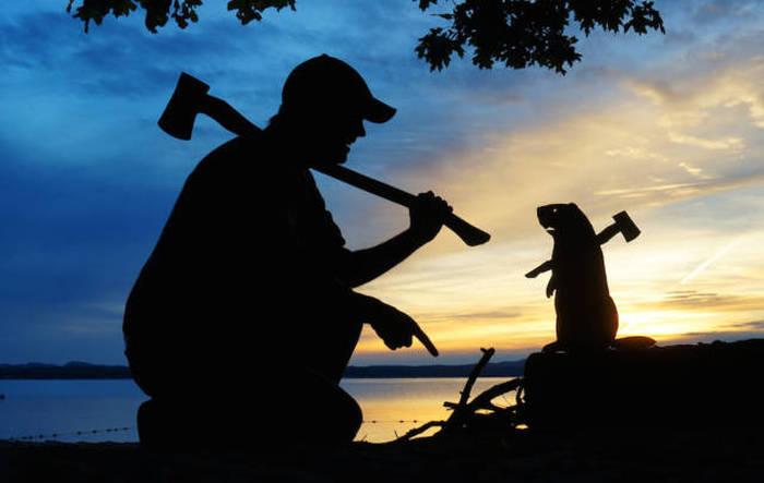 Креативный фотопроект Джона Маршалла «Селфи на закате» (26 фото)