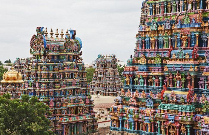 Уникальные скульптуры индийского храма Минакши (17 фото)