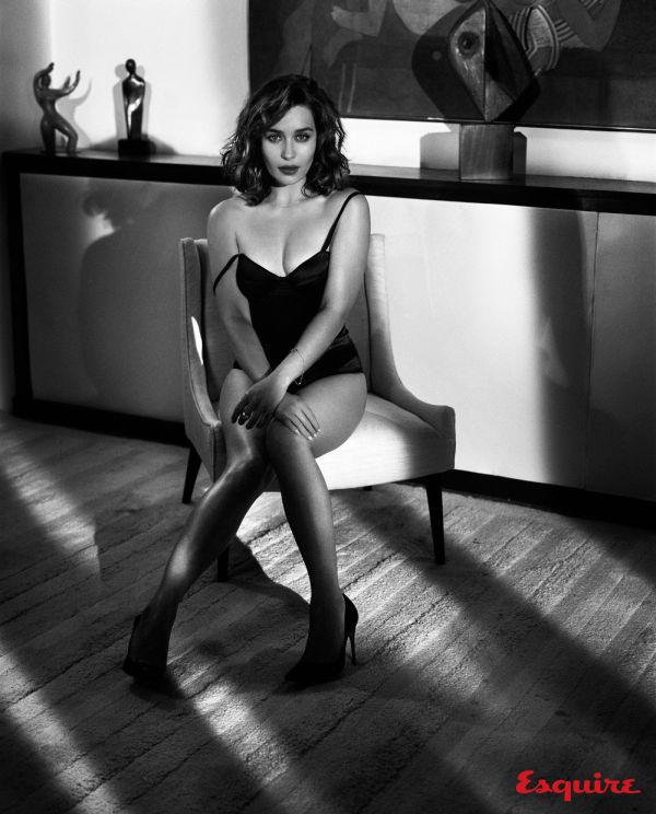 Звезда сериала «Игра престолов» Эмилия Кларк в новой фотосессии для журнала Esquire (12 фото)