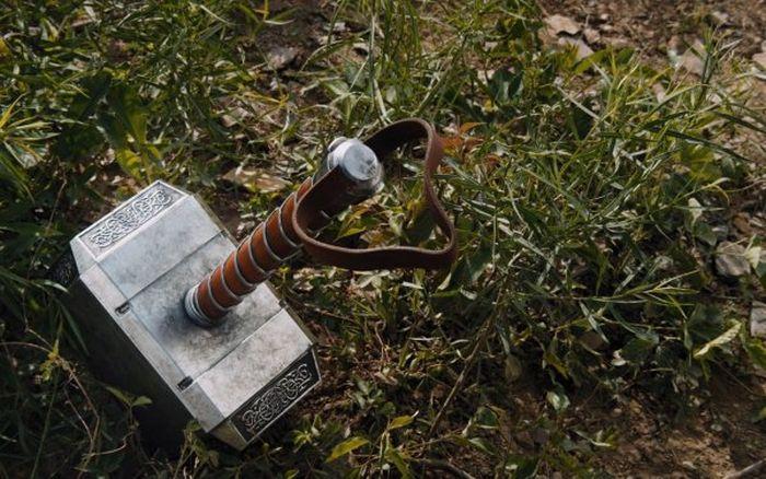 Американец создал рабочую копию молота из фильма «Тор» (2 фото + 2 видео)