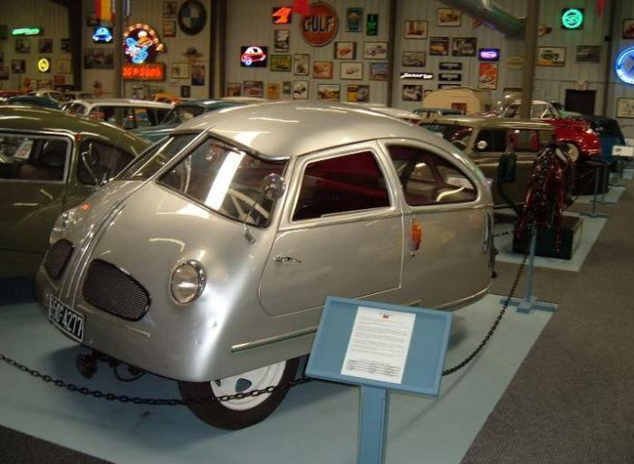 Hoffmann 1951 - главный претендент на звание самого худшего автомобиля (4 фото + видео)