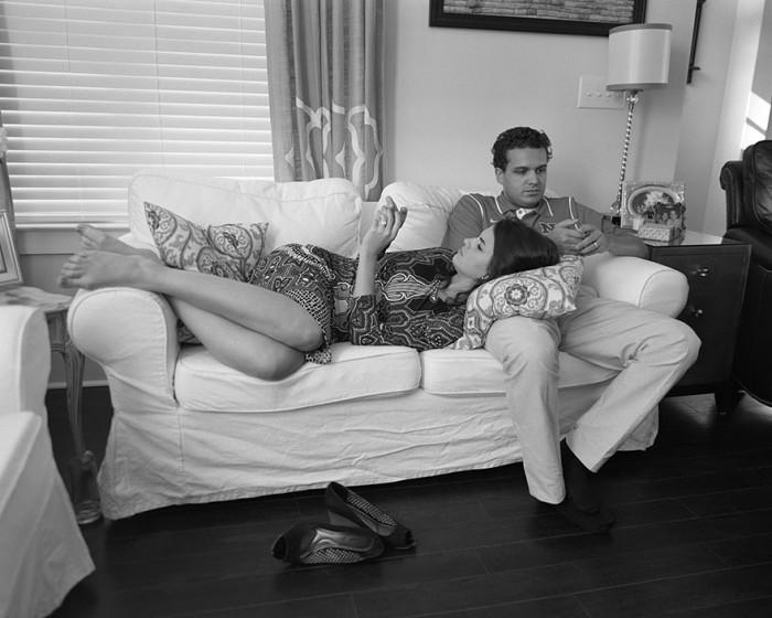 Фотопроект Эрика Пикерсджила «Удалены», высмеивающий нашу зависимость от смартфонов (17 фото)
