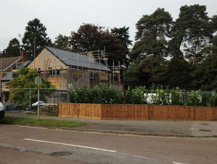 У жителей Великобритании украли живую изгородь (3 фото)