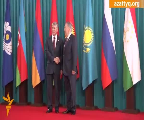 Назарбаев не позволил миллиардеру сделать селфи с собой